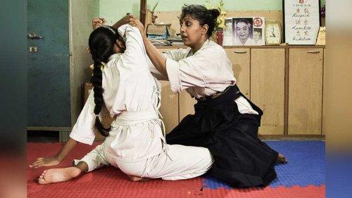 'Kung-fu Madam' teaches aikido to underprivileged children