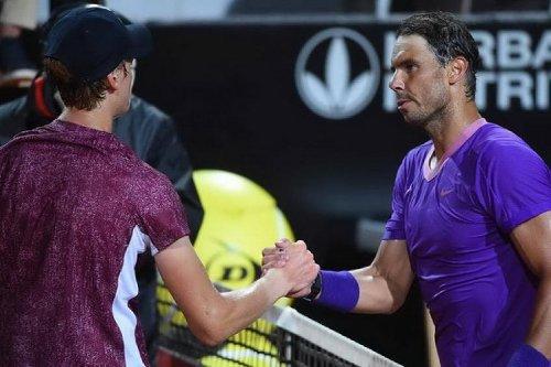 """Rafael Nadal: """"Jannik Sinner a tout ce qu'il faut et il ne cesse de s'améliorer !""""l"""
