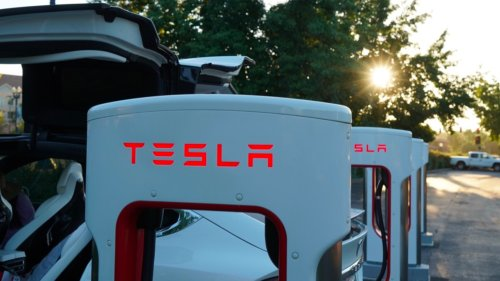 Elon Musk shares update on Tesla's in-house collision repair and insurance efforts