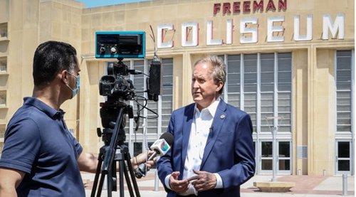 Texas Attorney General Visits San Antonio Migrant Center Amid Border Crisis - Texas Border Business