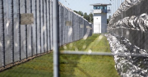 After sweltering temperatures killed Texas prisoners, lawmakers vote to install air conditioning