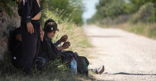 Texas court orders release of more than 200 migrants imprisoned in Gov. Greg Abbott's border security clampdown