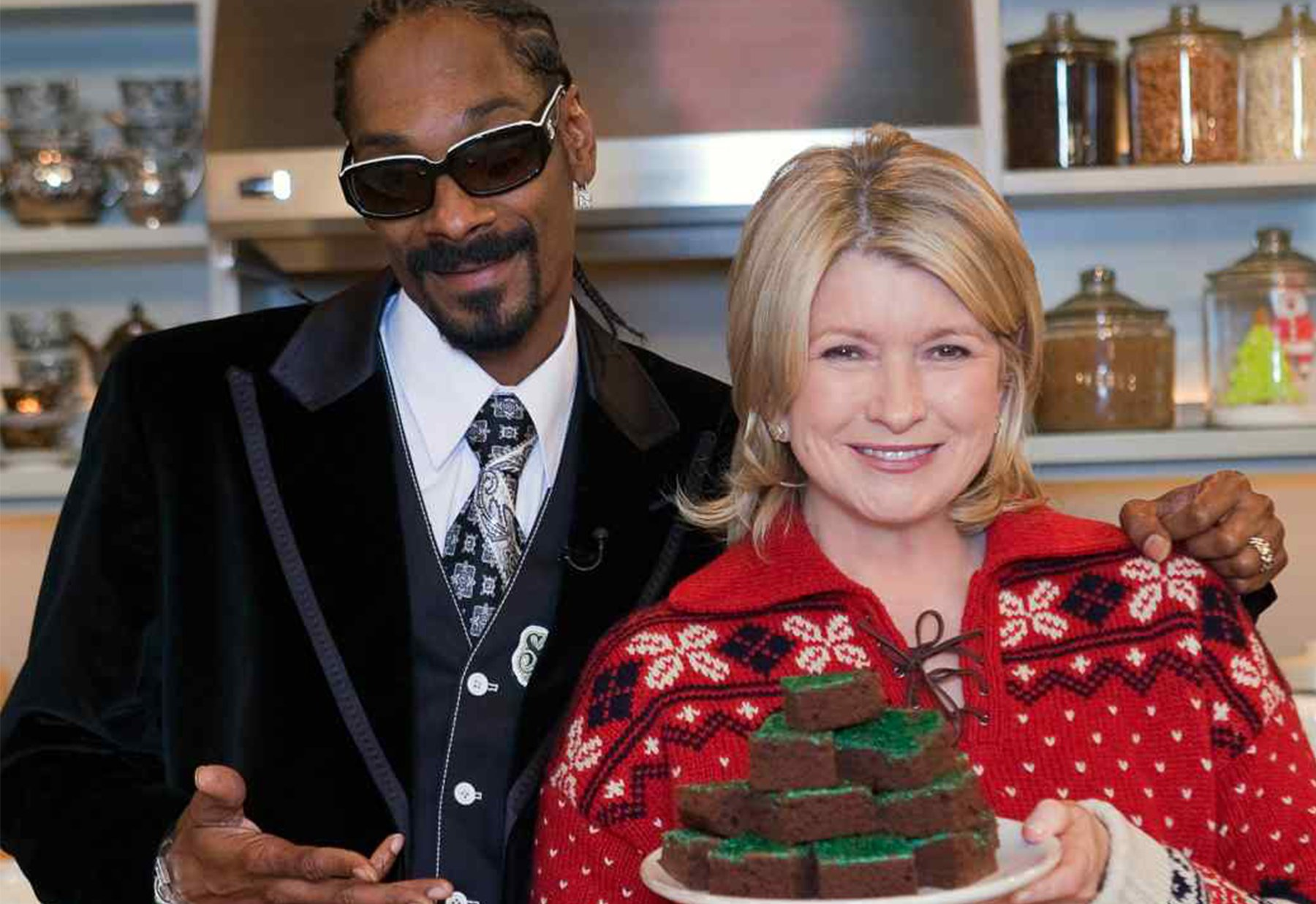 THE TRUTH ABOUT SNOOP DOG'S RELATIONSHIP WITH MARTHA STEWART