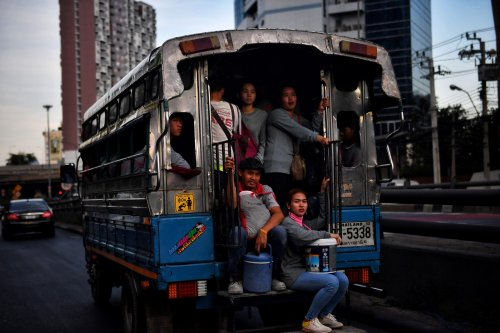 """Public health official warn of new """"fourth wave"""" in Thailand in work camps and factories"""