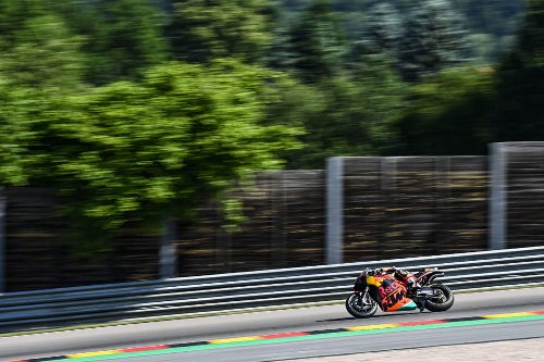 Oliveira continues KTM's MotoGP form by setting Friday pace - The Race