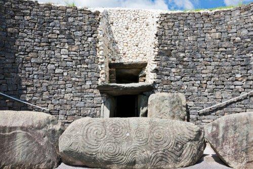 Mysterious Irish 'mega tomb' older than pyramids and Stonehenge baffles experts