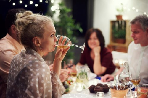 Docs reveal truth about what nightly glass of wine REALLY does to your health