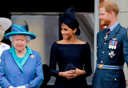 Palace insider DENIES Harry's pal's claim Queen met Lilibet in video call
