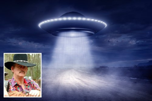 Ex-CIA agent says he collected objects he found in 'alien abduction victims'