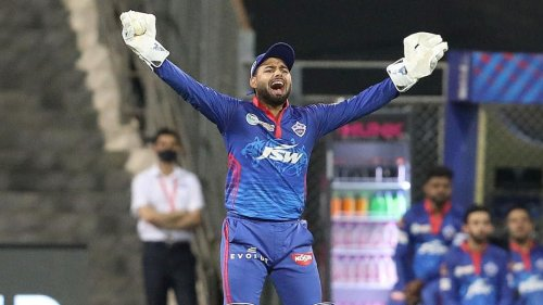 Rishabh Pant hilariously blames onfield umpire for delay against Rajasthan Royals - The12thMan