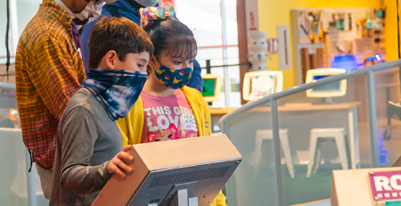 As the Pandemic Continues to Roar Through Texas, Museums Double Down on Connecting Kids to Science