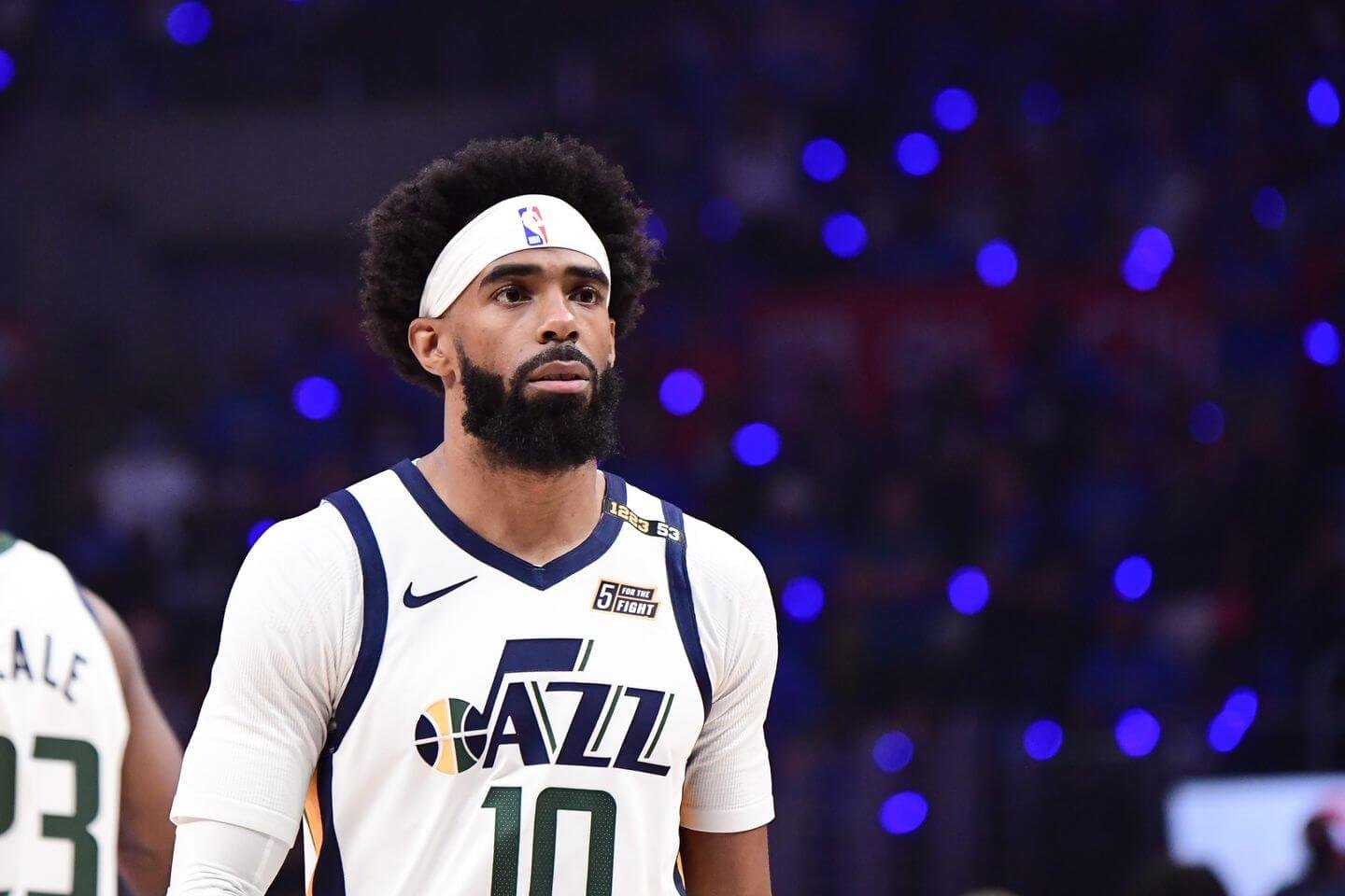 Mike Conley re-signs with Jazz on 3-year, $68 million deal: Sources
