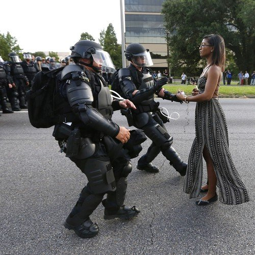A Single Photo From Baton Rouge That's Hard to Forget