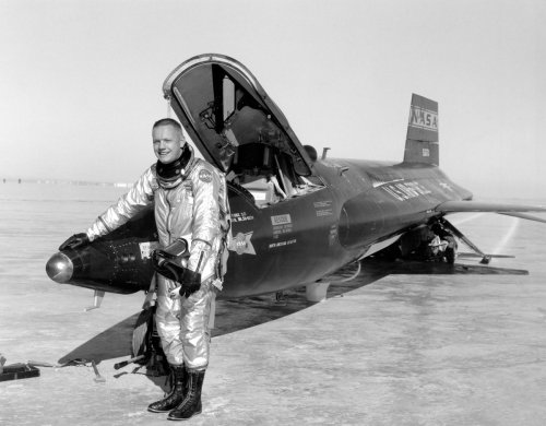 The story of Neil Armstrong's X-15 Test Flight that Bounced Off the Atmosphere - The Aviation Geek Club