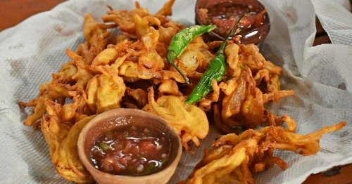 Pakora Map of India: The Delicious Story of India's Deep-Fried Wonders