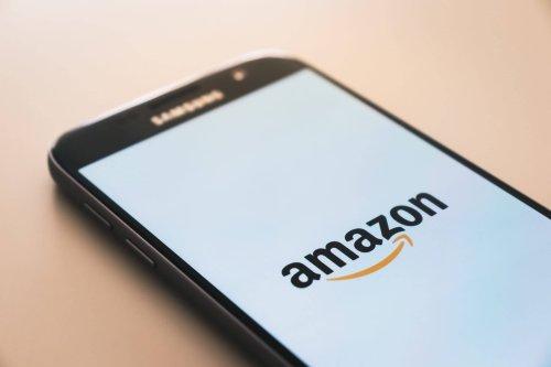 Amazon employment nears 1 million in the U.S.