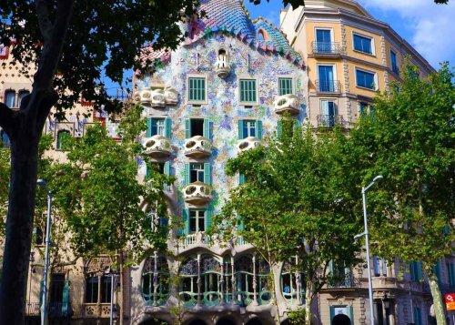 12 Beautiful Spanish Landmarks Not to Miss