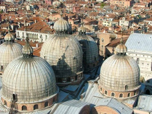 18 Venetian Palaces to Visit or Sleep In