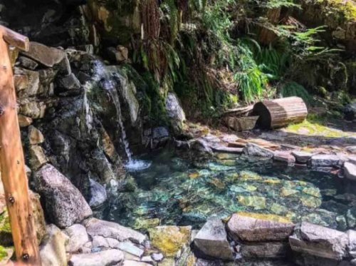 9 Best Hot Springs in Washington State