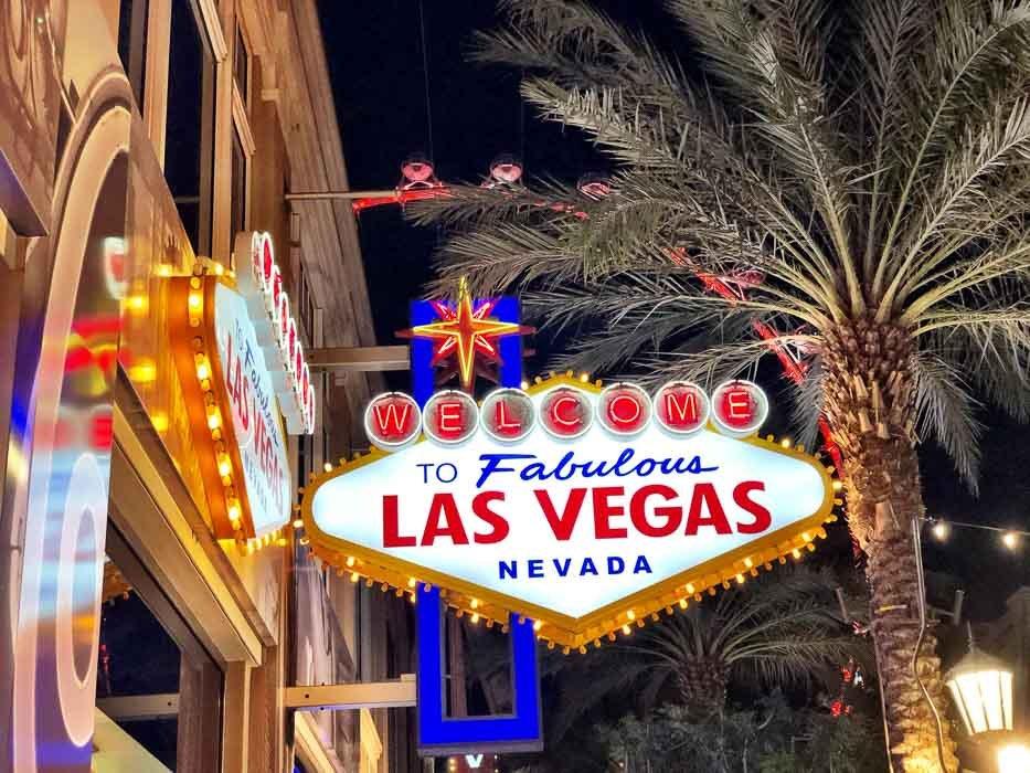 35 Fantastic Things to do in Las Vegas Besides Gambling