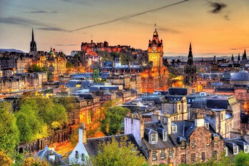 11 Spectacular Places for you to experience the Sunset Edinburgh style