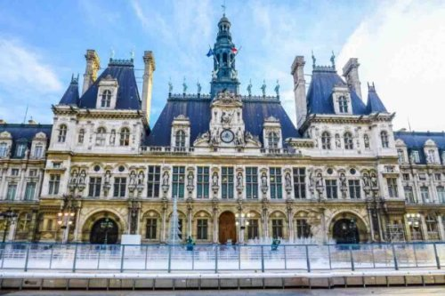 25 Famous Paris Monuments Not to Miss (2021)