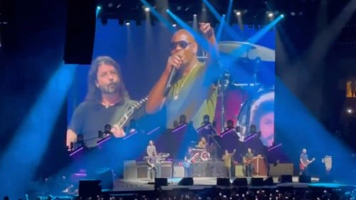 Dave Chappelle and Foo Fighters cover Radiohead's 'Creep'