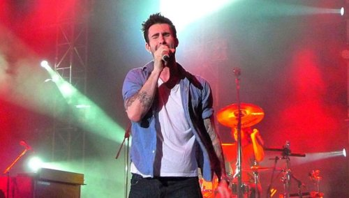 Adam Levine responds to criticism after fan grabbed him during Maroon 5 concert