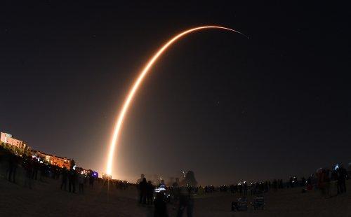 Rival Wants Regulators to Cripple Elon Musk's Satellite Project - The Bulwark