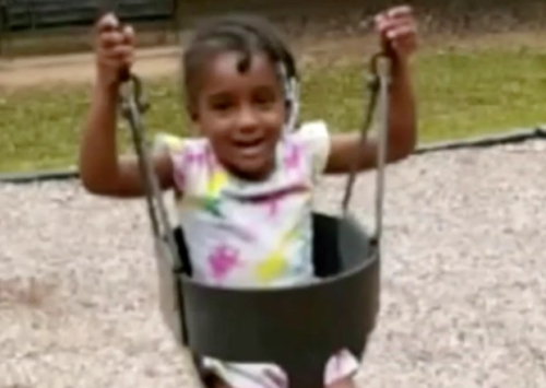 4-year-old dies after mother punished her to stand three days in the laundry, buries her in the yard
