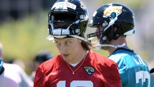Jags QB not interested in being Lawrence's backup