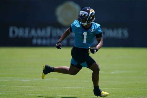 What They Are Saying: Etienne impressing in Jags camp