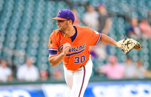 Sharpe inks with MLB team