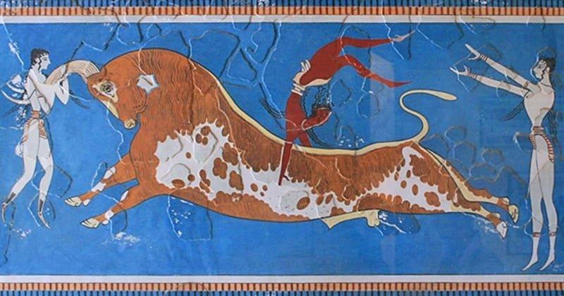 Differences between Minoan and Mycenaean Art