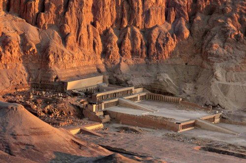 Incredible Monuments From Ancient Egypt That Aren't The Pyramids