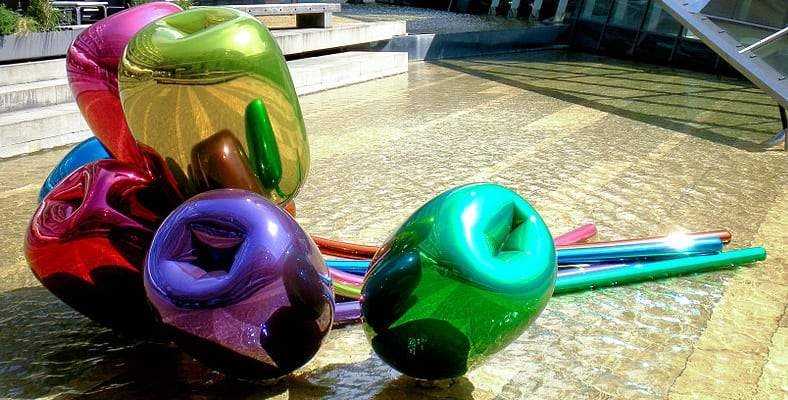 Jeff Koons: A Much Loved American Contemporary Artist