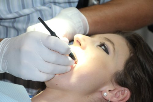Significance of Wisdom Tooth Extraction - The Complete Herbal Guide