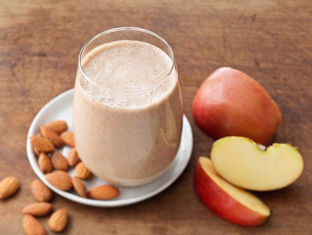 Apple Almond Super Smoothie
