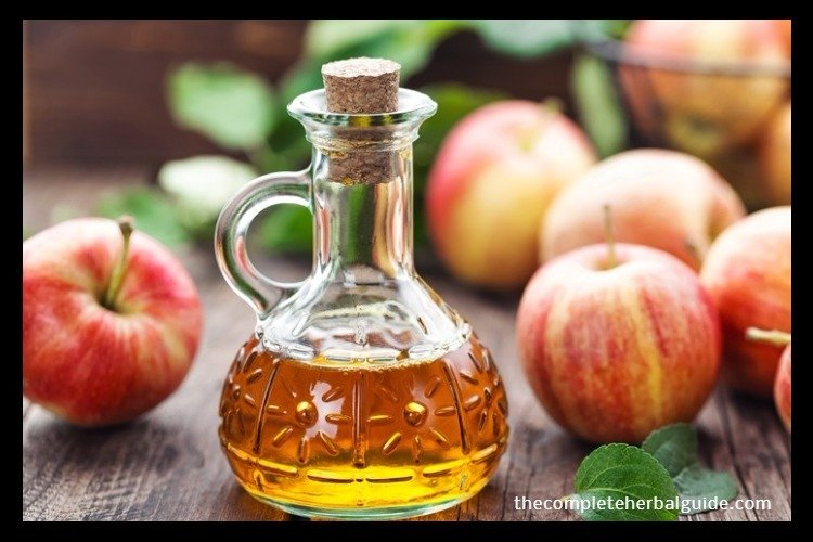 6 Health Benefits of Apple Cider Vinegar, Backed by Science