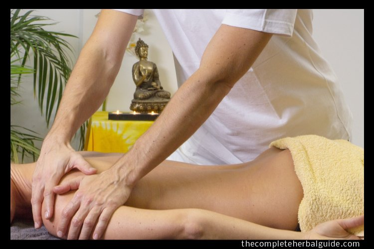 8 Popular Alternative and Natural Medicine Treatments for Pain