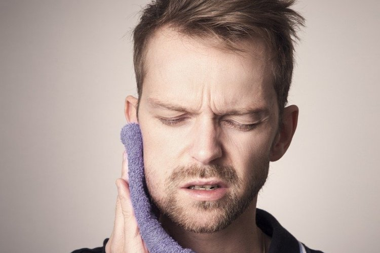Is Wisdom Tooth Pain Ruining Your Day? Try These 6 Home Remedies