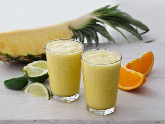 Pineapple with a Kick Recharge Smoothie
