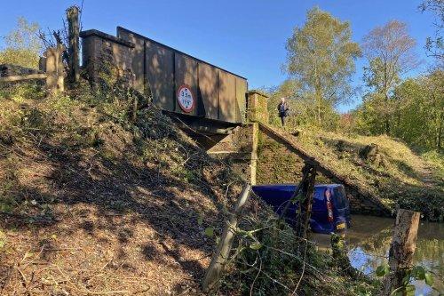 National Highways upsets Dorset village with bridge demolition preparations