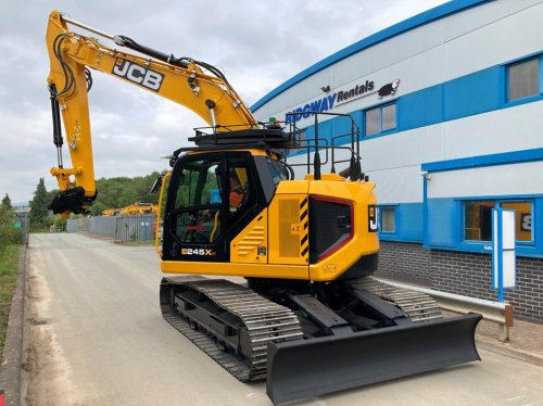 JCB unveils compact tailswing sister to 220X