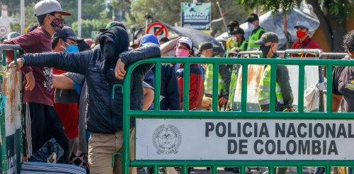 Colombia gives nearly 1 million Venezuelan migrants legal status and right to work