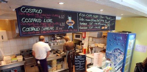 De la sauce Worcestershire au fish and chips : des aliments-fétiches réconfortent les expats confinés