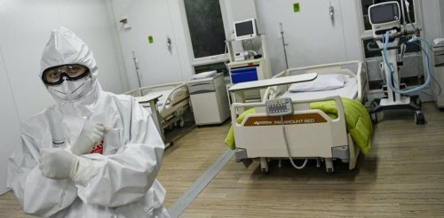 Kesenjangan fasilitas dan layanan antar rumah sakit di Indonesia meningkatkan risiko COVID-19 di kalangan tenaga kesehatan