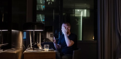 Do you answer emails outside work hours? Do you send them? New research shows how dangerous this can be