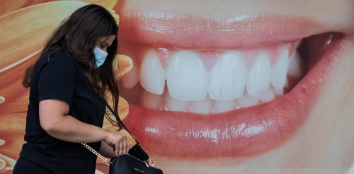 Canadians should be able to access dental care with a health card instead of a credit card