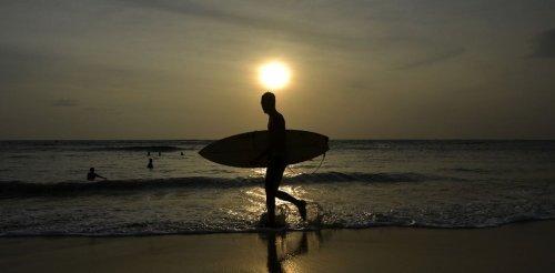 Le surf, antidote au capitalisme technologique ?
